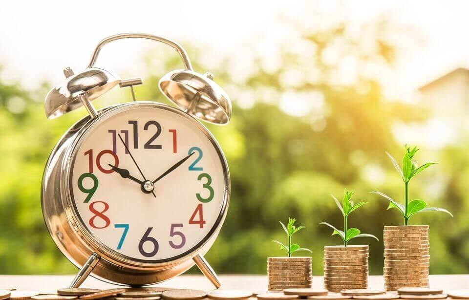 שעון וכסף מקדם אתרים בזול